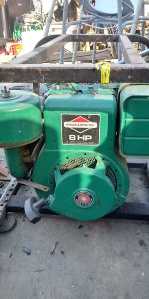 BRIGGS/SRTATTON GENERATOR for Sale in Riverside, CA