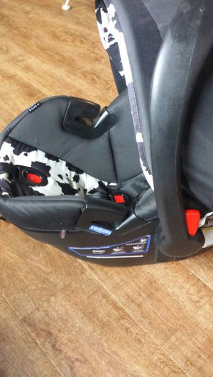 Britax Car Seat for Sale in Madison, WI
