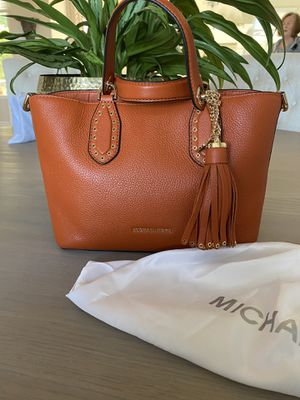 Michael Kors Bag for Sale in Dundee, OR