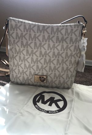 Michael Kors Purse for Sale in Romoland, CA