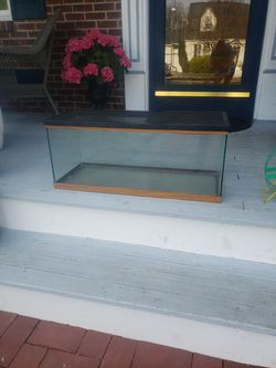 20g Tank for Sale in Baldwin, NY