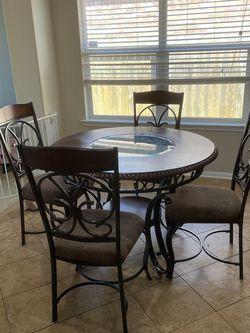 Dining Table Set for Sale in Rosenberg,  TX
