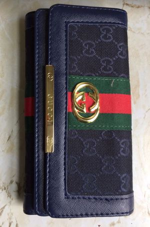 Gucci GGwoman nice wallet brand new wallet for Sale in Brooklyn, NY