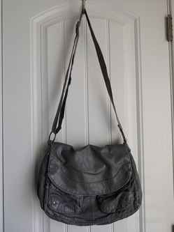 Mossimo Crossbody Messenger Purse for Sale in Austin,  TX