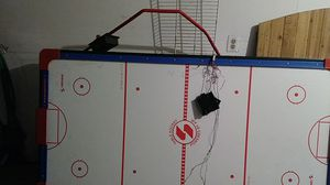 Air hockey table for Sale in Levittown, PA
