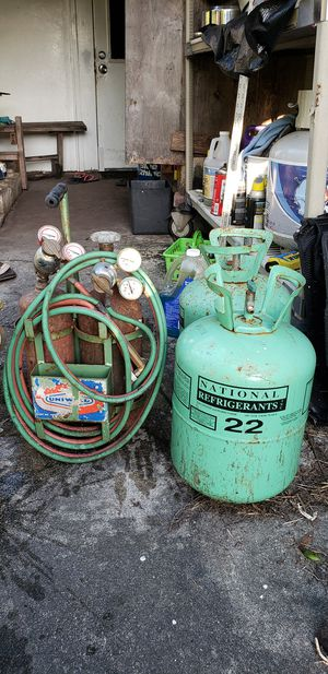 Freon 22 plus oxyacetylene for sale $350. for Sale in North Miami Beach, FL