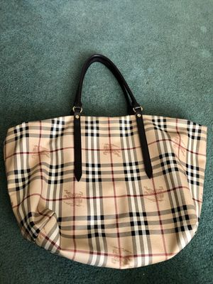 Authentic Burberry leather large shoulder bag for Sale in Springfield, PA