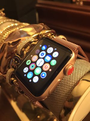 Apple Watch series 3 for Sale in Jacksonville, FL
