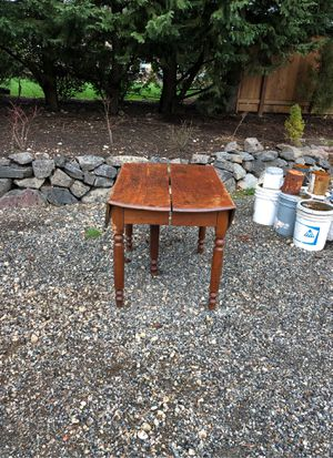 Table for Sale in Auburn, WA