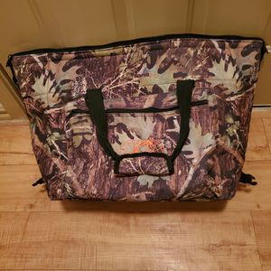 Soft-sided Camouflage Cooler for Sale in Helotes, TX