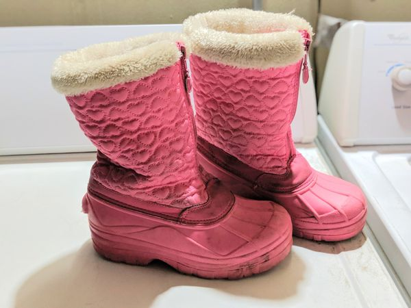 Girl snow boots size 2