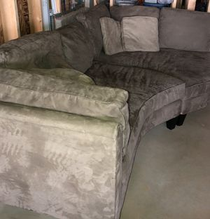 Haverty's Sectional Couch for Sale in Canton, GA