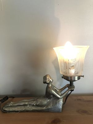 Chandler Antique Art Deco lamp for Sale in Lakewood, CA