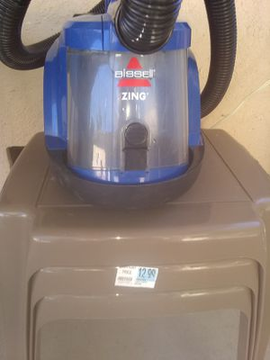 Bissell 6489 Blue Zing Bagless Canister Vacuum for Sale in San Bernardino, CA