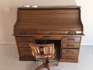 Antique Desk & Chair for Sale in Bellevue, WA