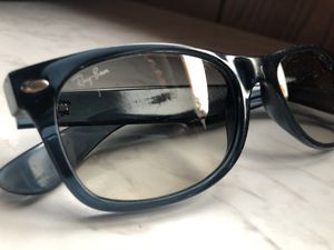 Ray Ban sunglasses for Sale in Mountain Lakes, NJ