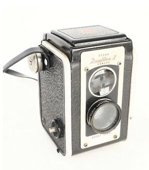 Vintage Kodak Duaflex II Film Box Camera for Sale in Millersville, MD