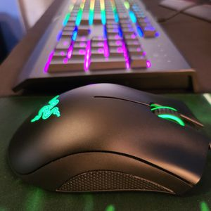 Razer Bundle - Cynosa Chroma / Deathadder / Mouse Pad for Sale in Los Angeles, CA