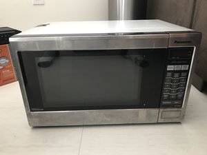 Panasonic 1200W microwave. 6 months of use then I moved to Asia for work and now I'm back. Works well make an offer! Original price was $210 for Sale in Tampa, FL