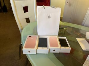 Two brand new iPhone 7 one is 7plus for Sale in Las Vegas, NV