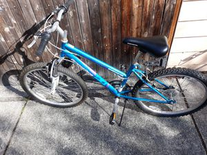Bycicle ADULT SIZE FOR SALE for Sale in Sammamish, WA