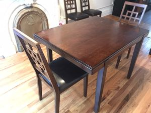 Dining Set - Table & 4 Chairs for Sale in Jersey City, NJ