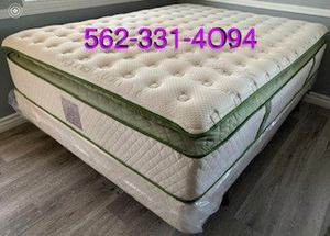 🍀 Elite Queen Organic Superior Plush Hybrid Gel Pillowtop. 🍀 for Sale in Fresno, CA