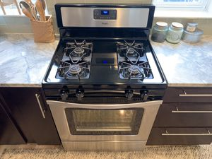 "30"" SS Whirlpool Gas Range for Sale in Washington, DC"