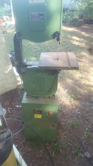 wood cutting variable speed band saw for Sale in Victoria, VA