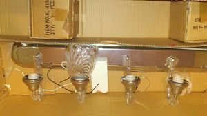 Bathroom lite fixture missing 3 of the glass pieces for Sale in West Valley City, UT