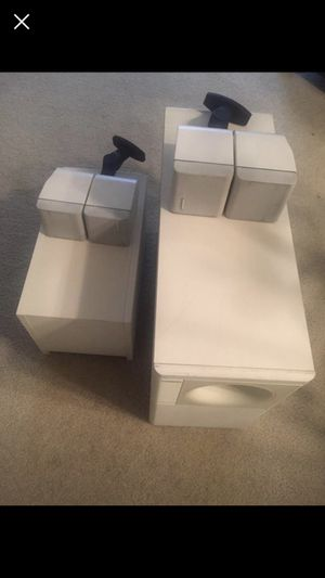 BOSE acoustimass 5 series II speaker system in white, tested, works well, includes the bass module, and 2 speakers. No other accessories for Sale in Denver, CO