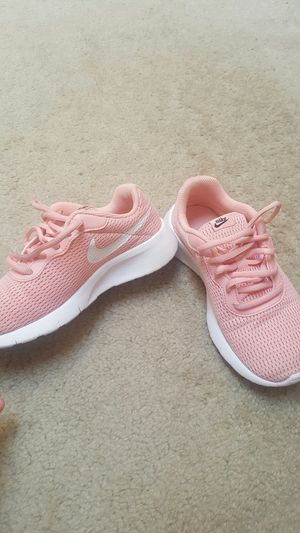 Nike shoes for kids size 2y for Sale in Renton, WA