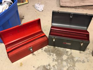 2 Metal Toolboxes Tool Box - 1 is a craftsman 18 & 19 inches long for Sale in Boynton Beach, FL