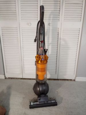 Dyson DC40 vacuum cleaner for Sale in Pinellas Park, FL