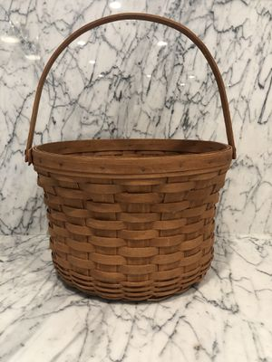 Vintage Longaberger Basket for Sale in Chicago, IL