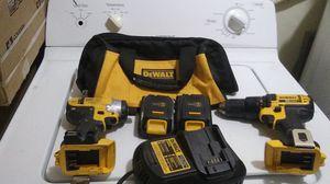 Dewalt tool kit for Sale in Miami, FL