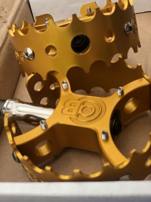 Nos bulls eyes pedals gt bmx for Sale in Downey, CA