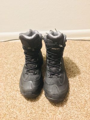 Columbia Snow and Hiking Boot - Size 8.5 for Sale in Barrington, NJ