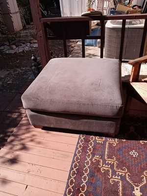 Gray Ottoman lightly used for Sale in Concord, CA