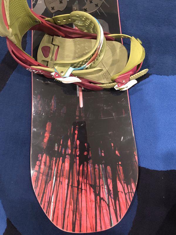 Snowboard Burton Deja Vu with Burton Lexa Reflex bindings