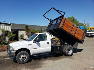 2004 ford F350 4x4 flatbed dump for Sale in Oakland, CA