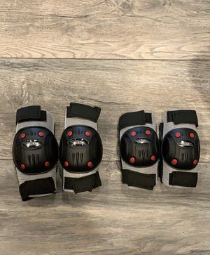 Little Kids Elbow & Knee Pads - Like New for Sale in Germantown, MD