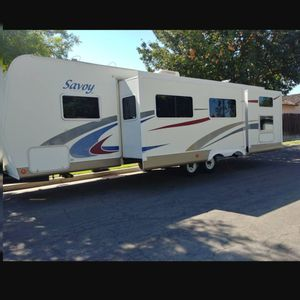 07 Holiday Rambler Double Slide Out Trailer for Sale in Fresno, CA