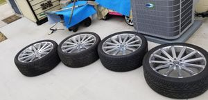 """24"""" 6 Lug Rims that will fit an 02-06 Escalade, Tahoe, Yukon. for Sale in Chester, VA"""