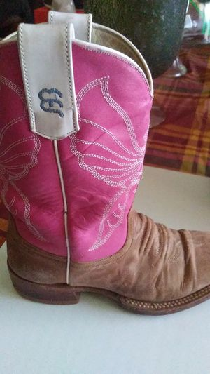 Nice girl boots size 13 for Sale in San Antonio, TX