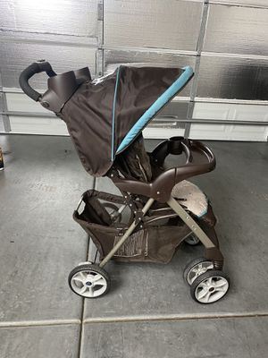 $30 Graco Collapsable Baby Stroller for Sale in Las Vegas, NV