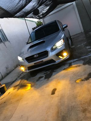 HIDs / LEDs / Brighter Headlight Bulbs 💡 / Luces / Delivery 📦 for Sale in Sacramento, CA