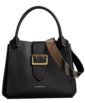 Burberry Buckle Tote Handbag for Sale in Queens, NY