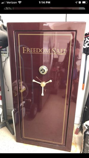 Liberty Gun Safe excellent shape for Sale in Dallas, GA