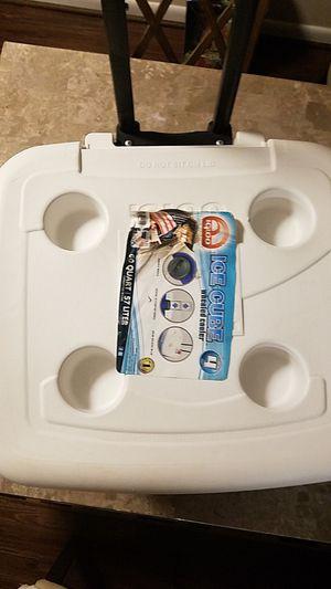 Igloo ICE CUBE Wheeled Cooler for Sale in Washington, DC